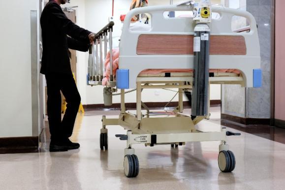 hospitalisation opération genou